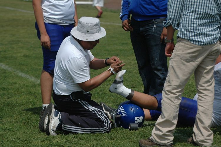 Preventing and Treating Common Sports Injuries