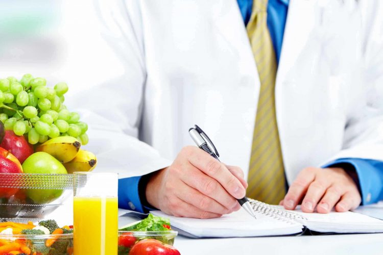 ROLE OF A SPORTS NUTRITIONIST